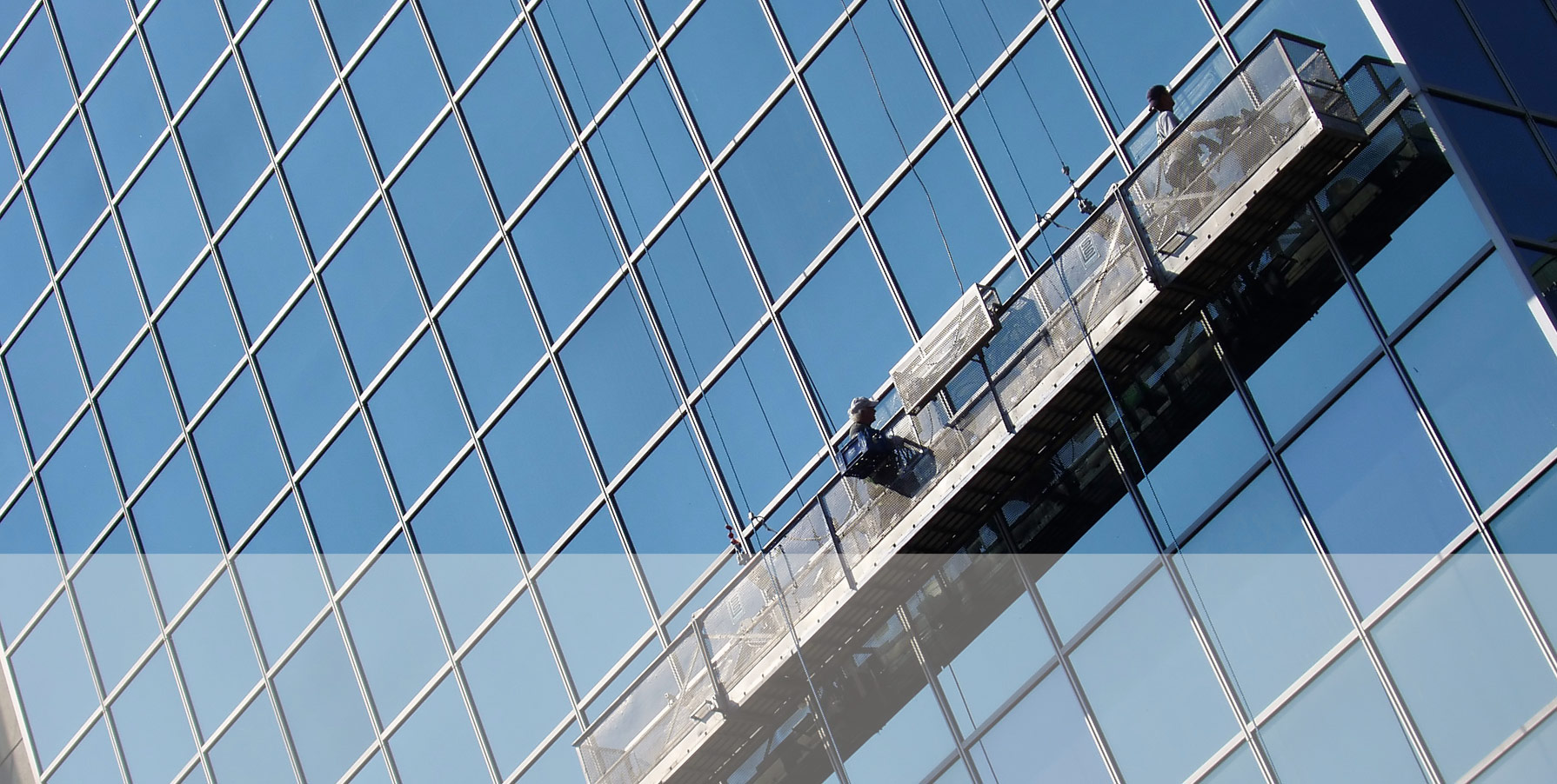 Ook voor het schoonmaken van hoge gebouwen - Prins dienstverlening